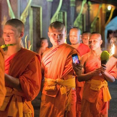 monk-selfie